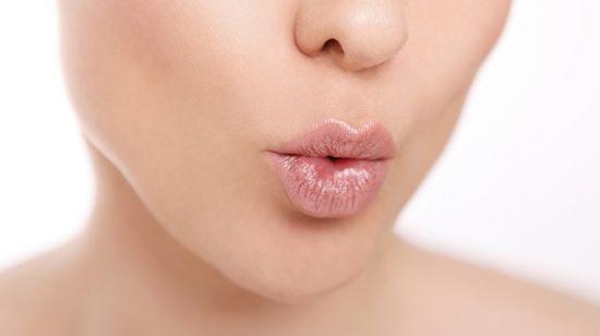 Галитоз: неприятный запах изо рта