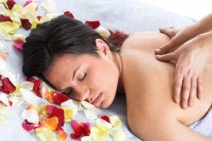 При гипотонии массаж