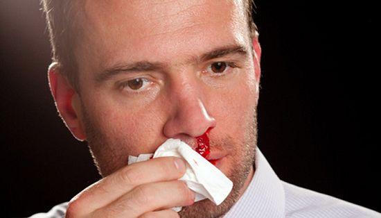 Как сделать чтобы кровь из носа потекла