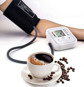 Поднимает ли кофе давление?