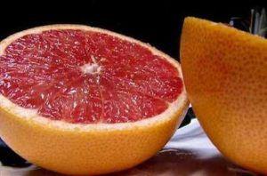 Грейпфрут повышает или понижает давление