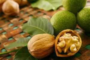 Грецкий орех повышает или понижает давление