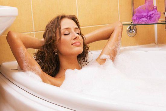 Фото в ванной груди