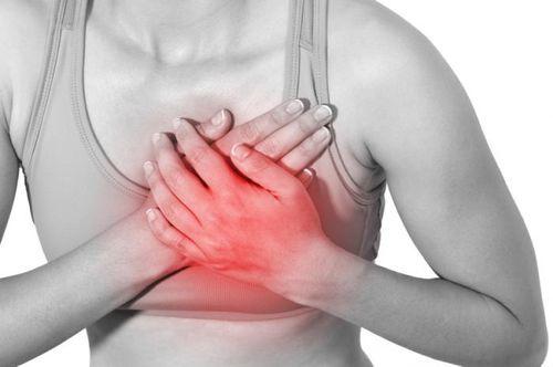 Фиброаденома молочной железы — удалять или нет?