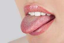Почему немеет кончик языка?
