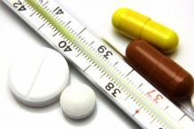 Таблетки и лекарство от температуры