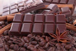 Изображение - Черный шоколад повышает или понижает давление SHokolad-povyshaet-ili-ponizhvet-davlenie-300x200